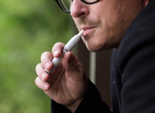 Θερμαινόμενα τσιγάρα: η νέα τάση των καπνιστών