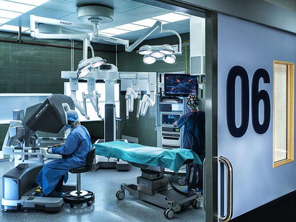 ΥΓΕΙΑ: Ρομποτική χειρουργική στην ουρολογία